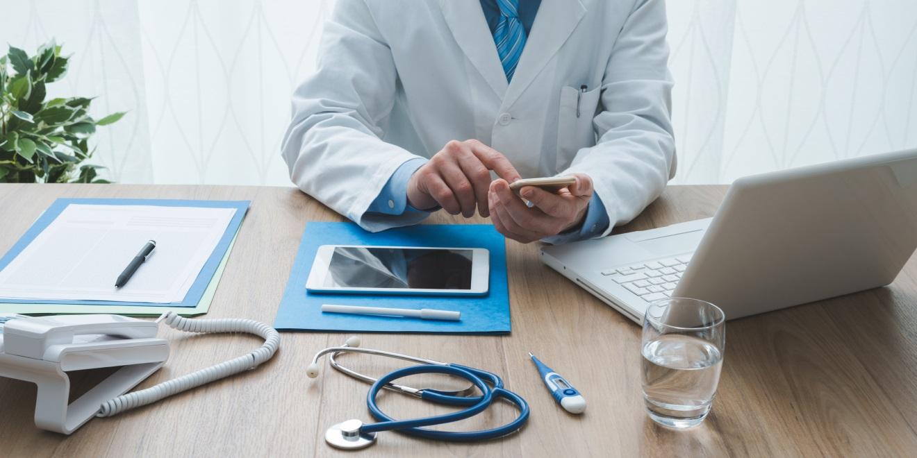 Doktorlar Sosyal Medya ve İnterneti Nasıl Kullanıyor?